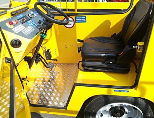 Airport tug seats MGV35